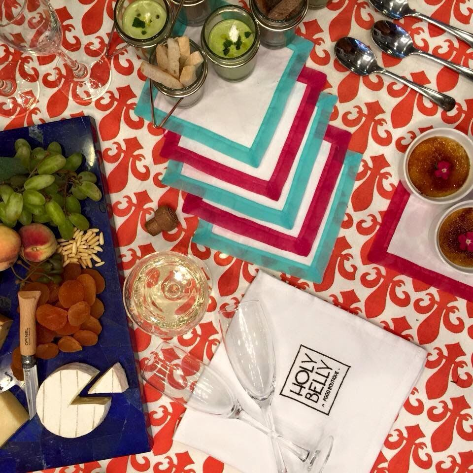 Table,Textile,Paper,Linens,Tablecloth,Tableware
