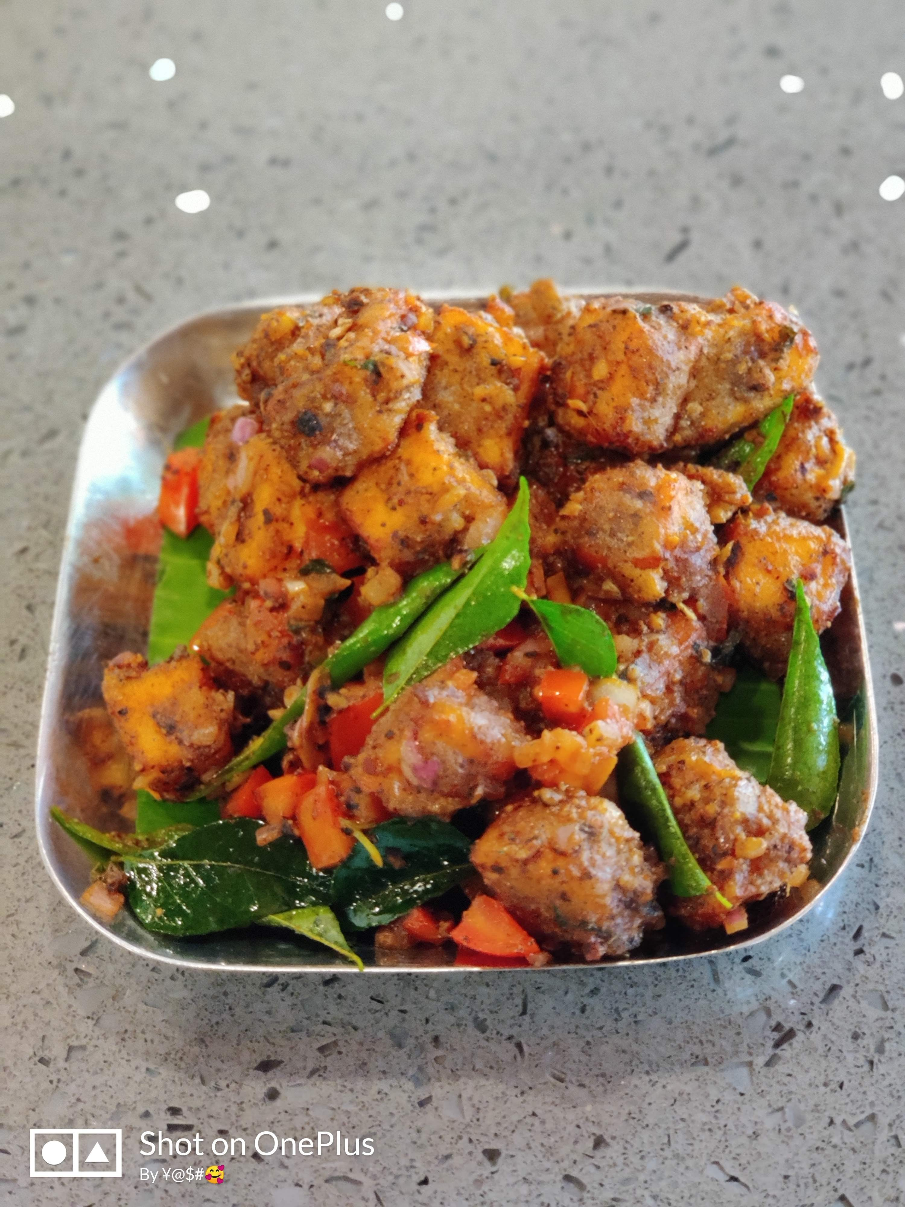 Dish,Food,Cuisine,Ingredient,Meat,Fried food,Produce,Recipe,Chicken 65,Salad