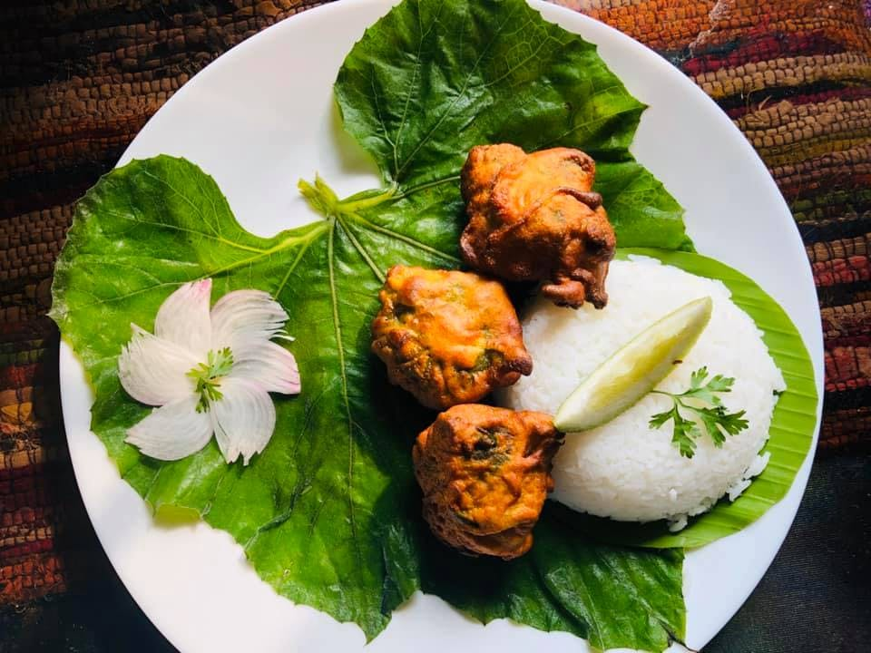 Dish,Food,Cuisine,Ingredient,Leaf,Produce,Vegan nutrition,Recipe,Vegetarian food,Lalab