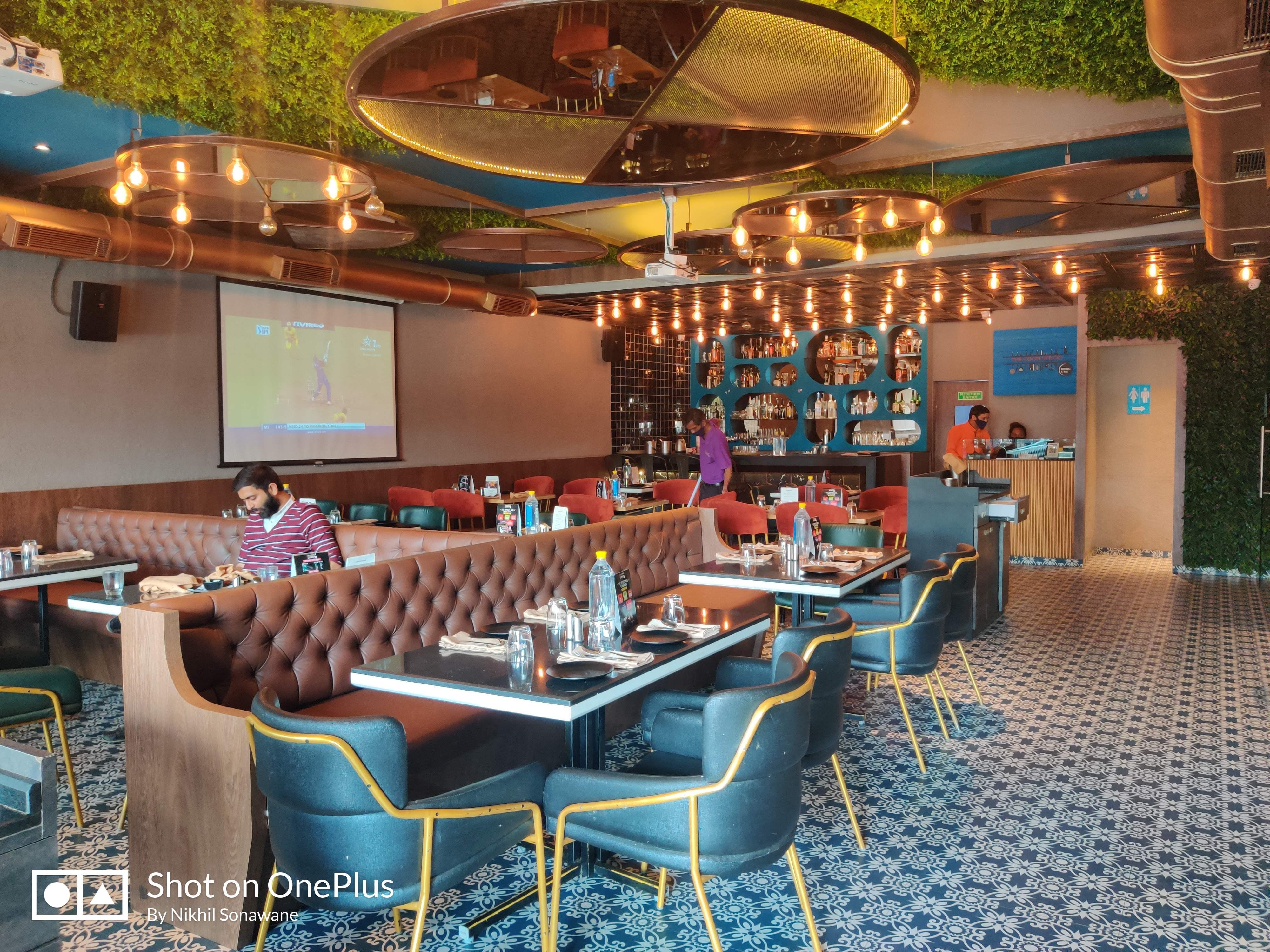 Restaurant,Building,Function hall,Interior design,Room,Leisure,Table,Real estate,Architecture,Hotel