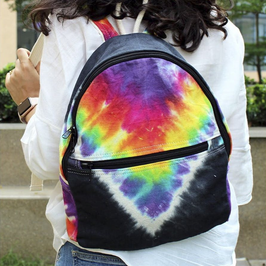 Shoulder,Product,Bag,Joint,Textile,Luggage and bags,Dye,Fashion accessory,Sleeve,Messenger bag