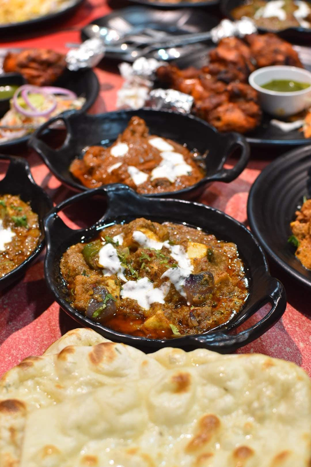Dish,Food,Cuisine,Meal,Ingredient,Naan,Produce,Indian cuisine,Comfort food,Curry