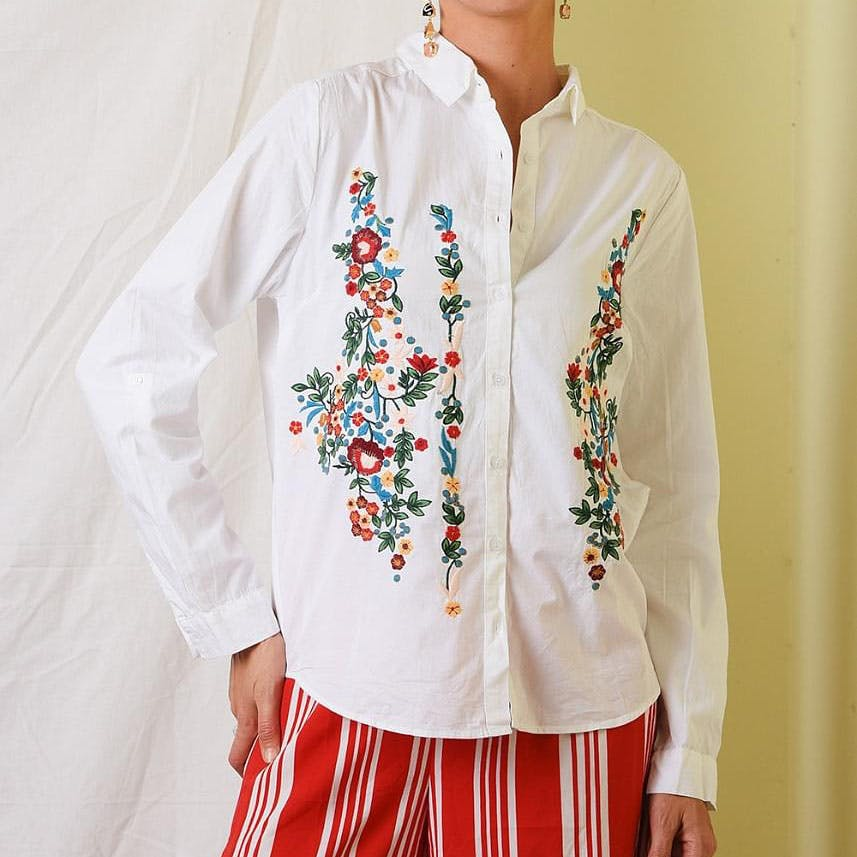 Clothing,White,Sleeve,Collar,Neck,Outerwear,Blouse,Tradition,Embroidery,Shirt