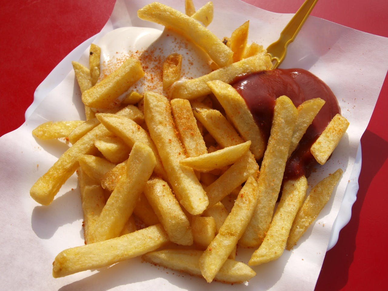 Dish,Food,French fries,Cuisine,Fast food,Junk food,Fried food,Deep frying,Kids' meal,Side dish