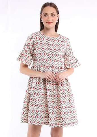 Clothing,White,Dress,Day dress,Sleeve,Pink,Neck,Shoulder,Pattern,Joint
