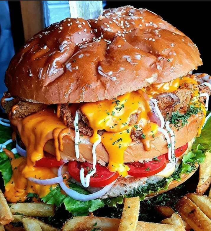 Junk food,Food,Hamburger,Dish,Fast food,Veggie burger,Buffalo burger,Cuisine,Cheeseburger,Cemita