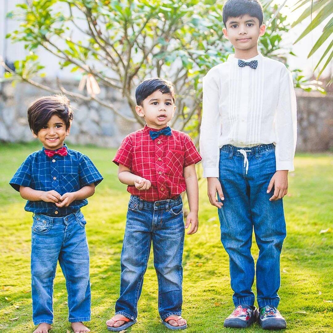 People in nature,People,Photograph,Child,Clothing,Jeans,Denim,Toddler,Grass,Family
