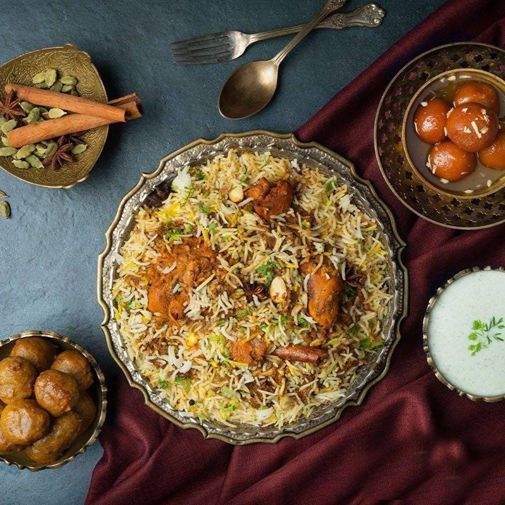 Dish,Food,Cuisine,Ingredient,Biryani,Produce,Kabsa,Recipe,Indian cuisine,Chaat