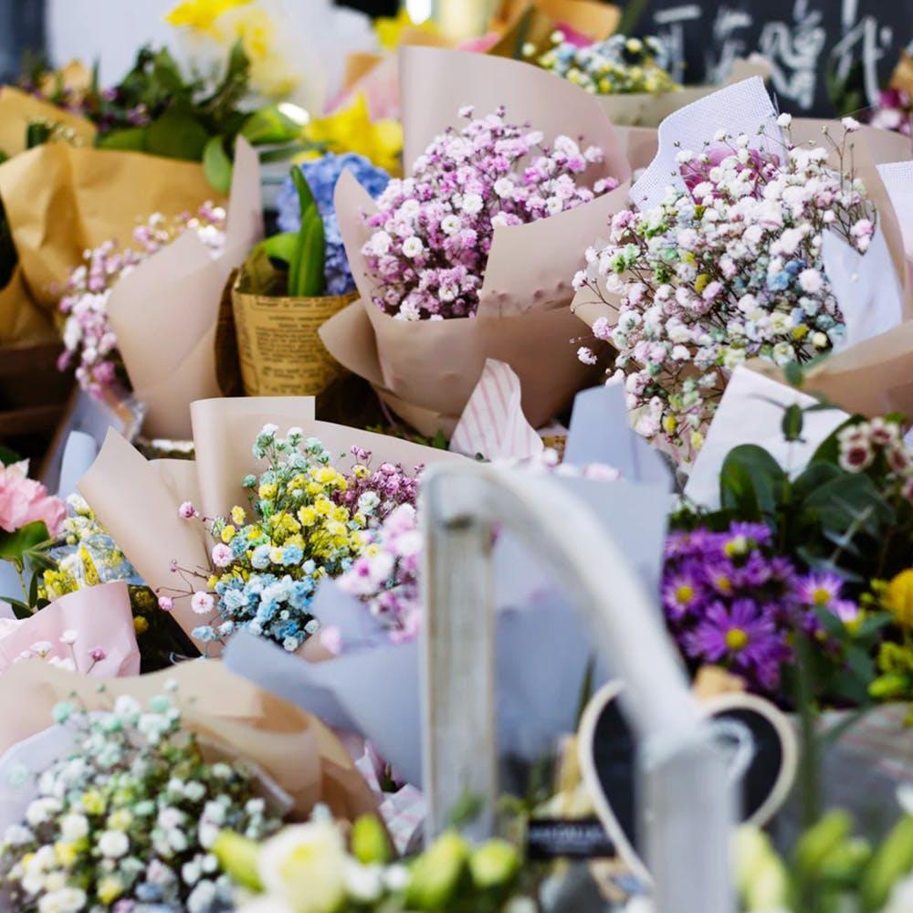 Flower,Cut flowers,Lavender,Plant,Floristry,Bouquet,Spring,Flowerpot,Flower Arranging,Artificial flower