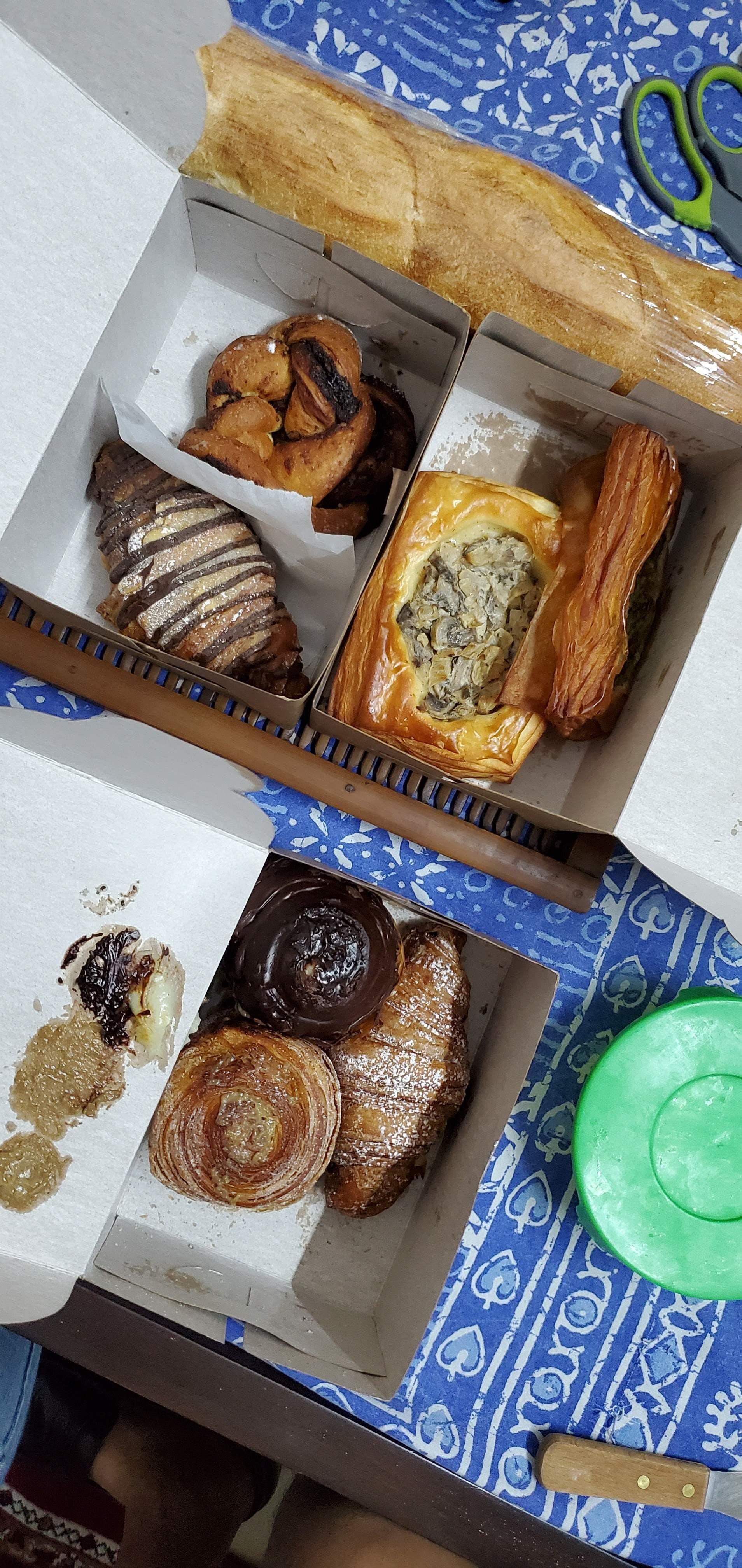Dish,Cuisine,Food,Brunch,Baked goods,Ingredient,Croissant,Danish pastry,Breakfast,Viennoiserie