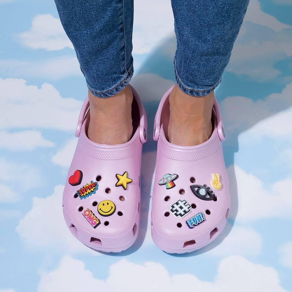 Footwear,Shoe,Pink,Mary jane,Leg,Plimsoll shoe,Child