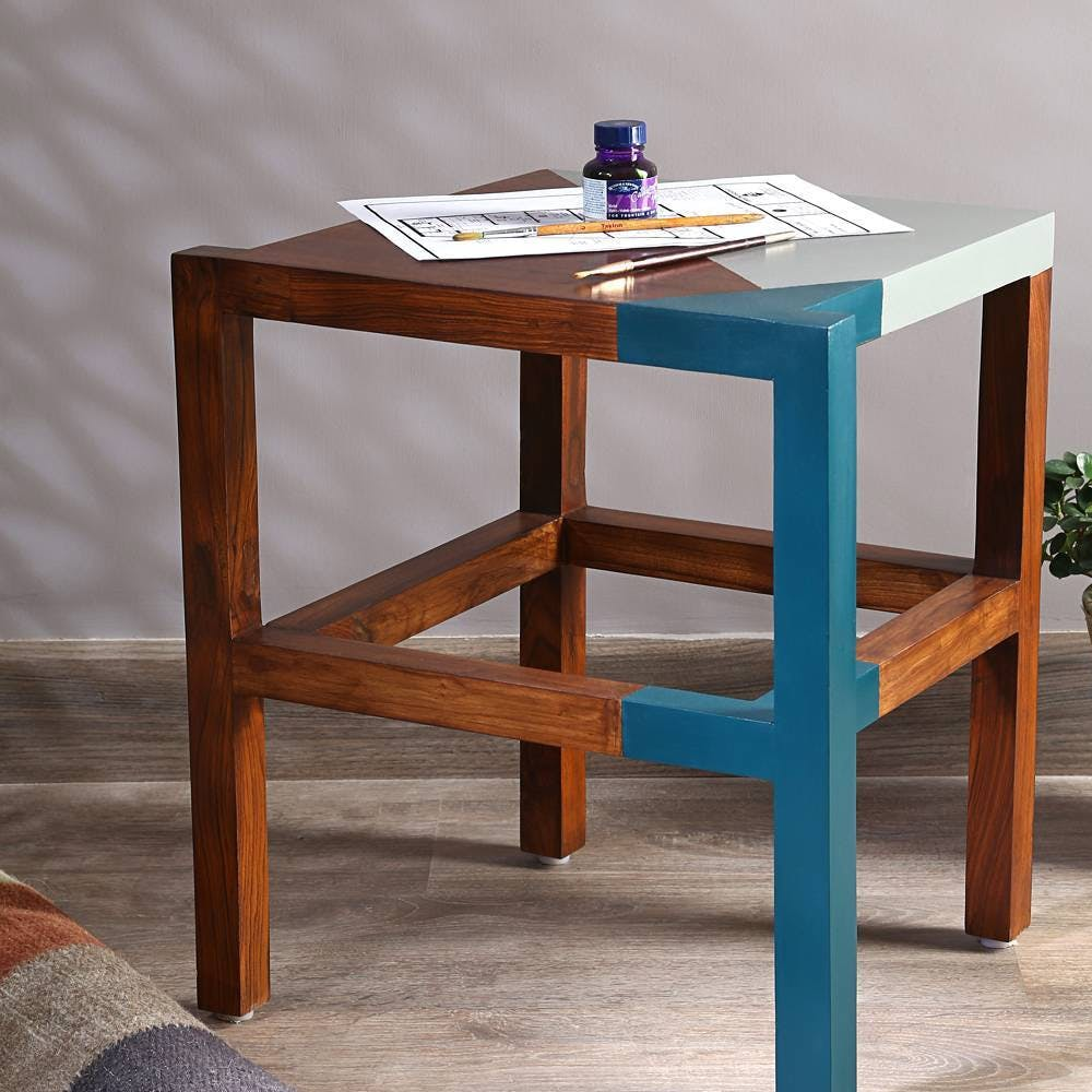Furniture,Table,End table,Coffee table,Wood,Stool,Outdoor table,Wood stain,woodworking,Desk