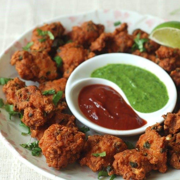 Dish,Food,Cuisine,Fried food,Ingredient,Pakora,Chicken tikka,Meat,Fritter,Produce