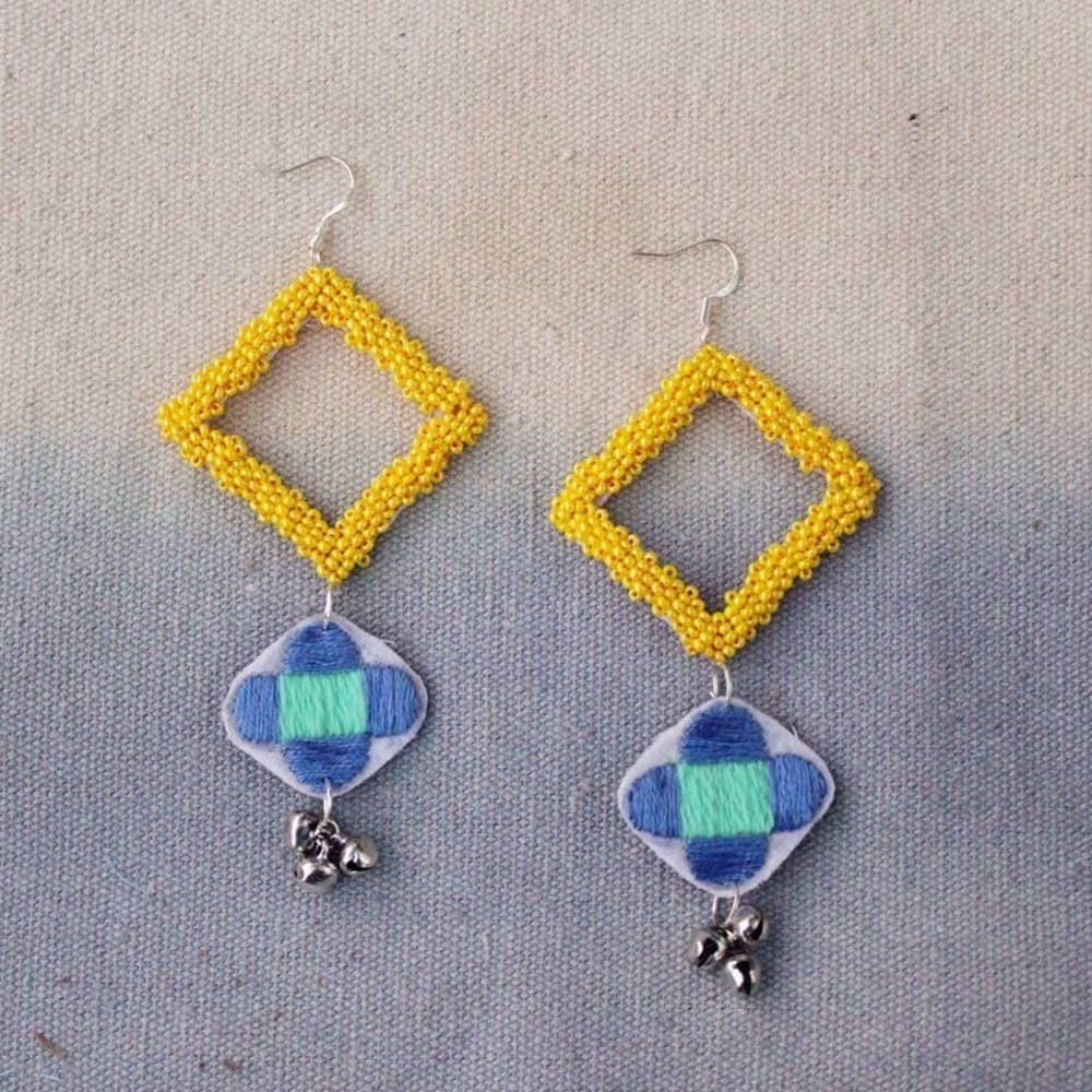 Earrings,Jewellery,Blue,Turquoise,Fashion accessory,Body jewelry,Aqua,Cobalt blue,Yellow,Gemstone