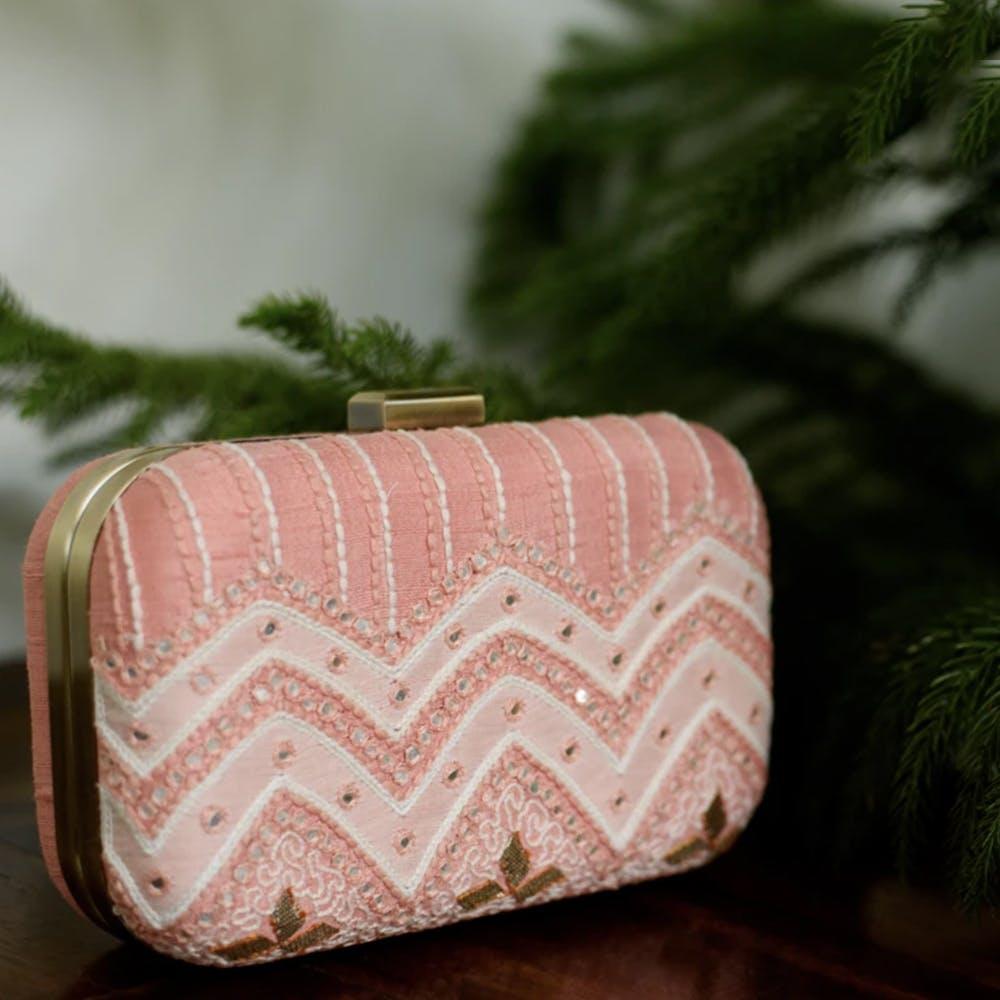 Coin purse,Pink,Bag,Fashion accessory,Handbag,Rectangle