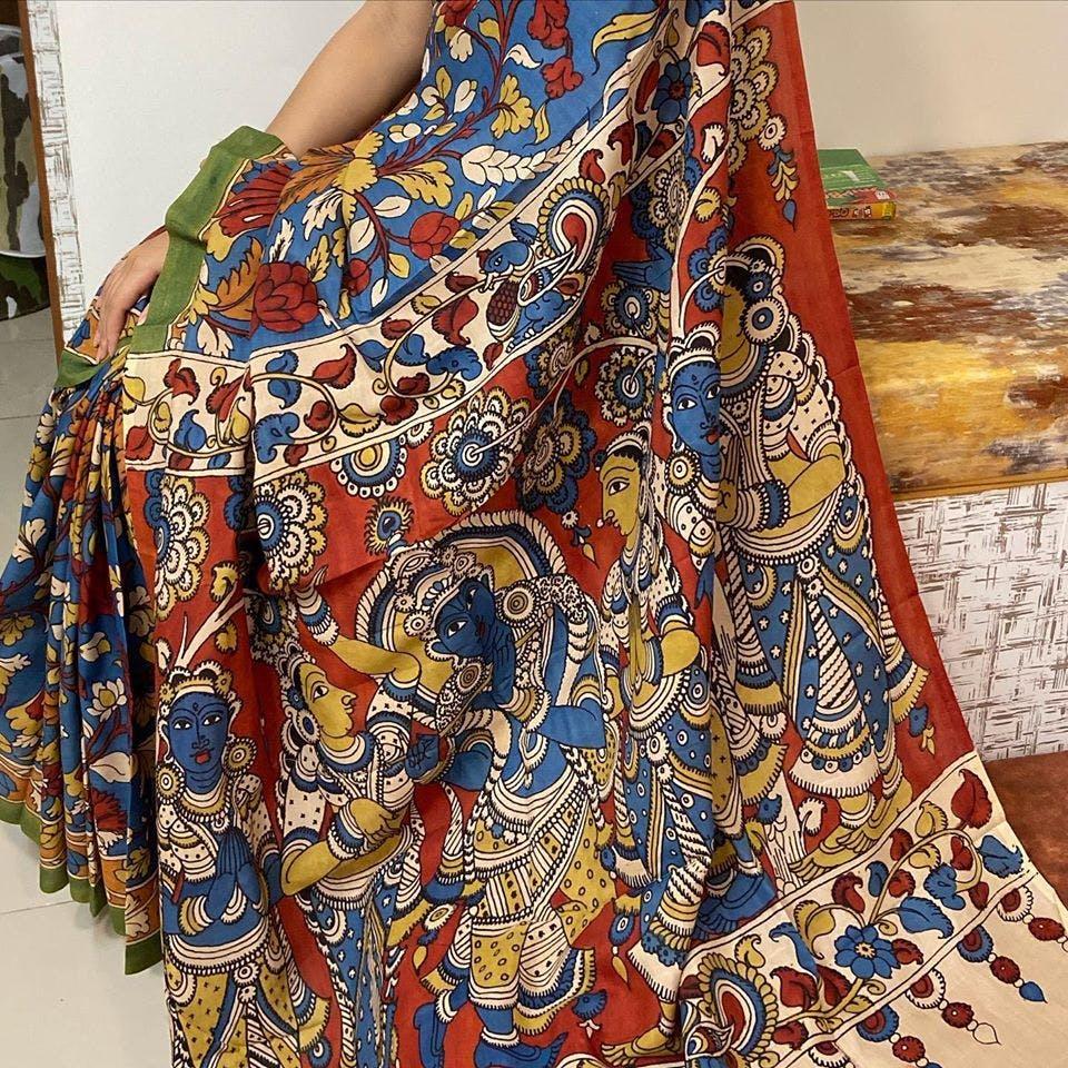 Clothing,Pattern,Visual arts,Motif,Maroon,Pattern,Design,Textile,Dress,Art