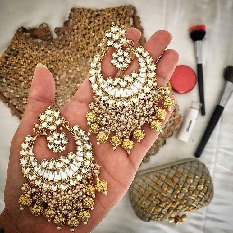 Jewellery,Fashion accessory,Gold,Necklace,Metal