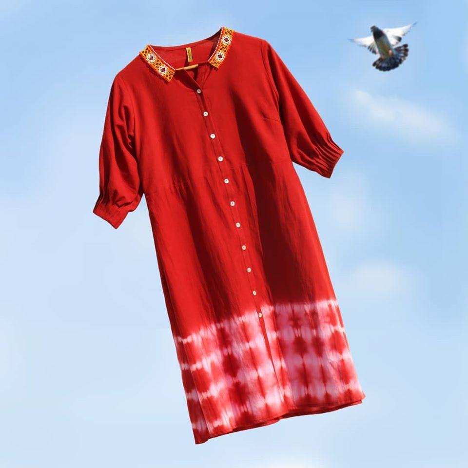 Clothing,Red,Plaid,Sleeve,Pattern,Textile,Tartan,Design,Collar,Pattern