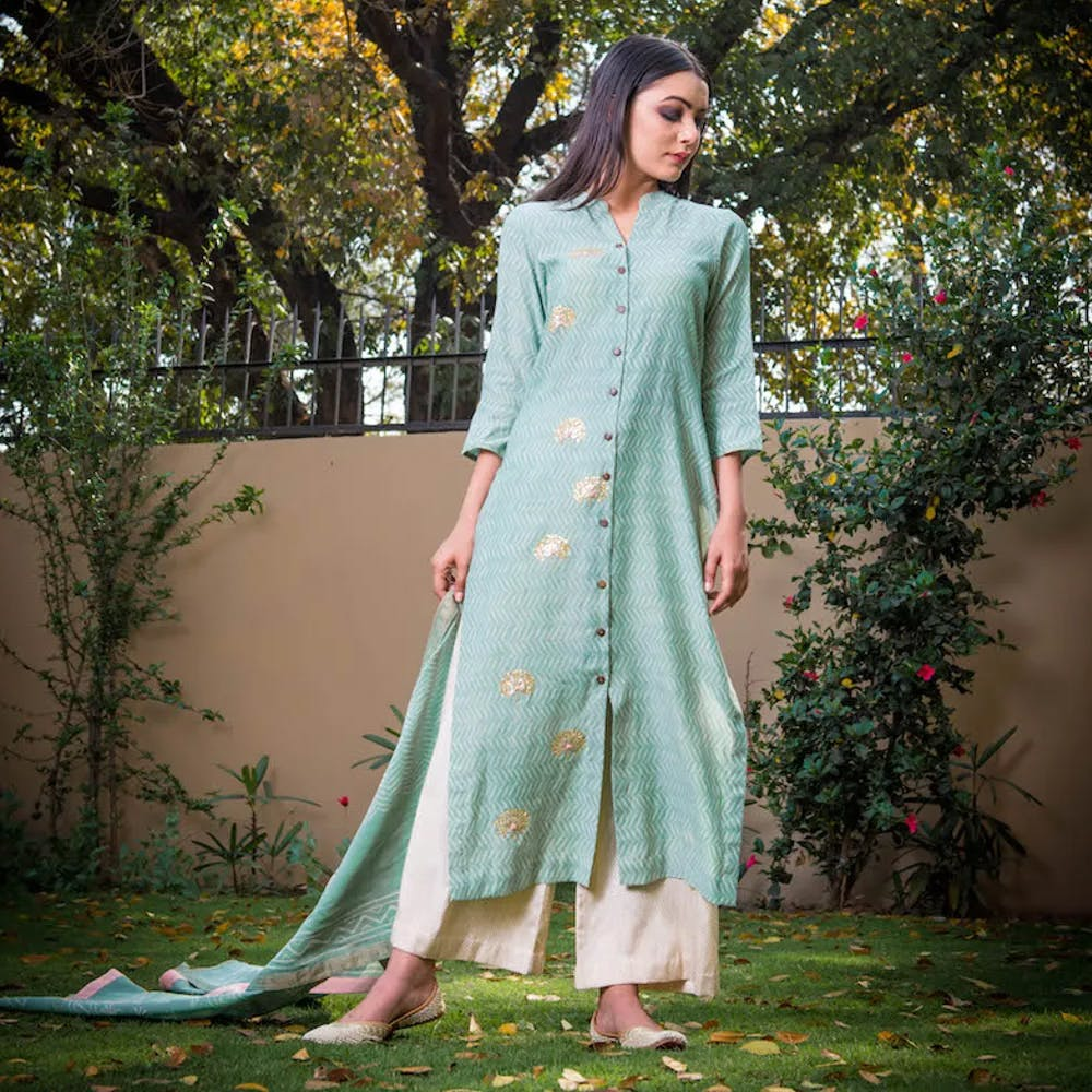 Clothing,White,Green,Dress,Formal wear,Gown,Lawn,Pink,Fashion,Spring
