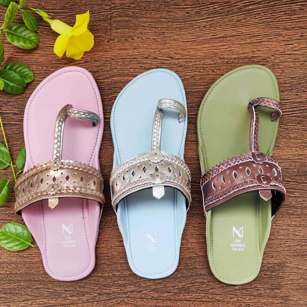 Footwear,Green,Slipper,Purple,Product,Flip-flops,Shoe,Sandal,Pink,Lavender