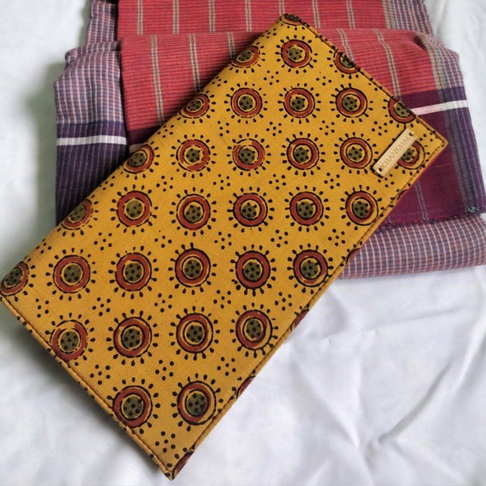 Pattern,Brown,Design,Handkerchief,Textile,Pocket,Visual arts,Motif,Wallet,Pattern