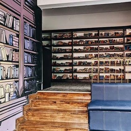 Shelf,Shelving,Bookcase,Building,Furniture,Library,Wall,Room,Interior design,Book