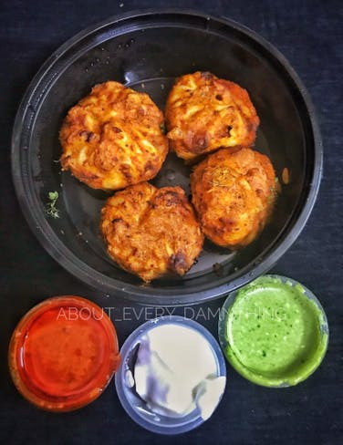 Dish,Food,Cuisine,Ingredient,Fried food,Produce,Vegetarian food,Finger food,Recipe,Pakora
