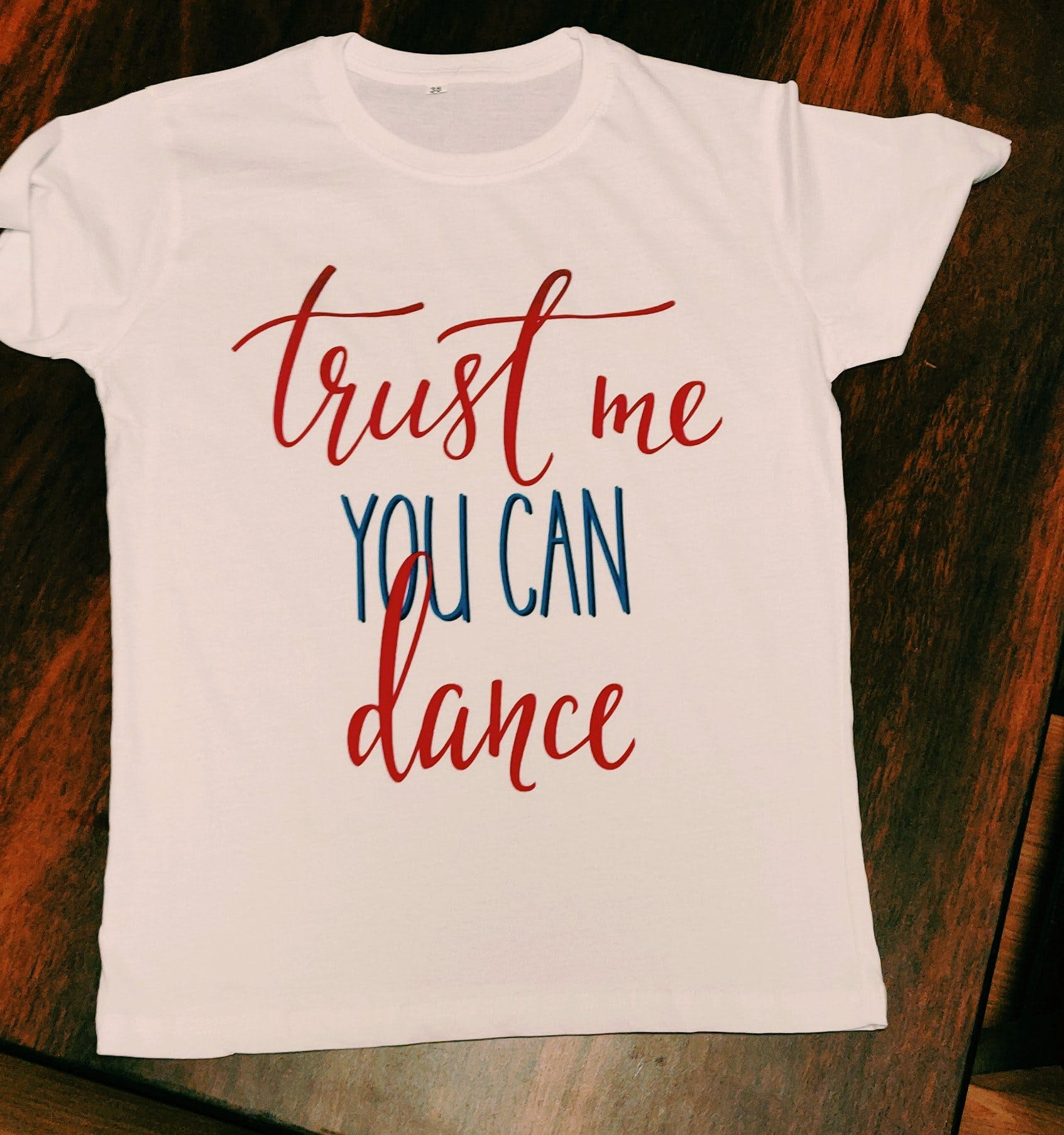 T-shirt,White,Product,Clothing,Text,Font,Red,Top,Sleeve,Neck