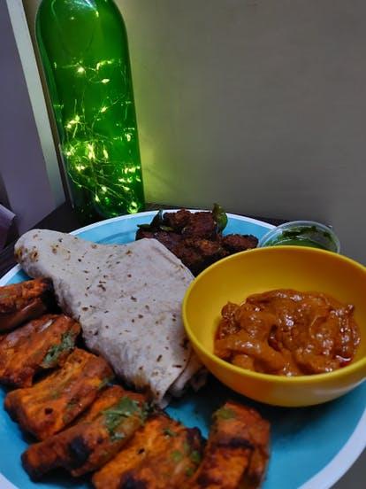 Dish,Food,Cuisine,Ingredient,Comfort food,Produce,Vegan nutrition,Meal,Indian cuisine,Lunch