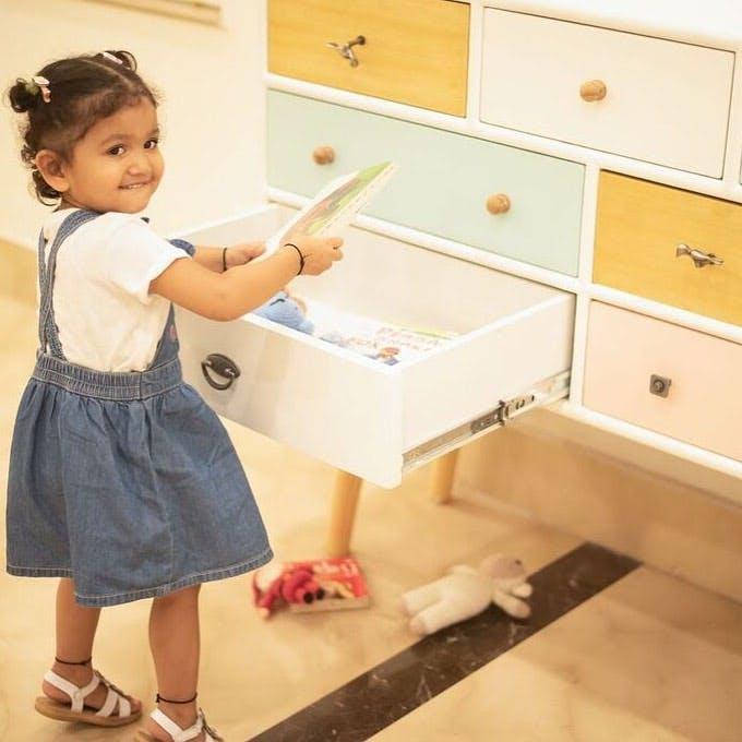 Child,Drawer,Room,Furniture,Toddler,Footwear,Desk,Play,Table,Shoe