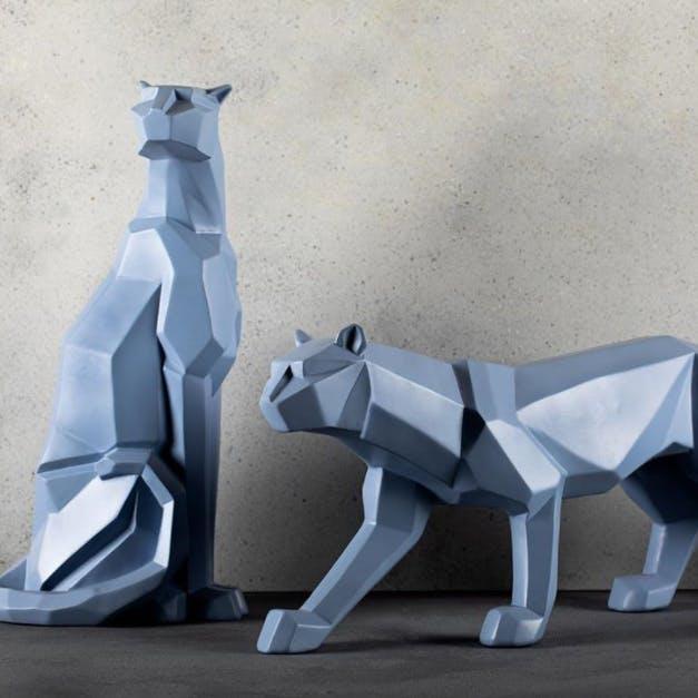 Origami,White,Origami paper,Paper,Art,Art paper,Craft,Paper product,Creative arts,Tail