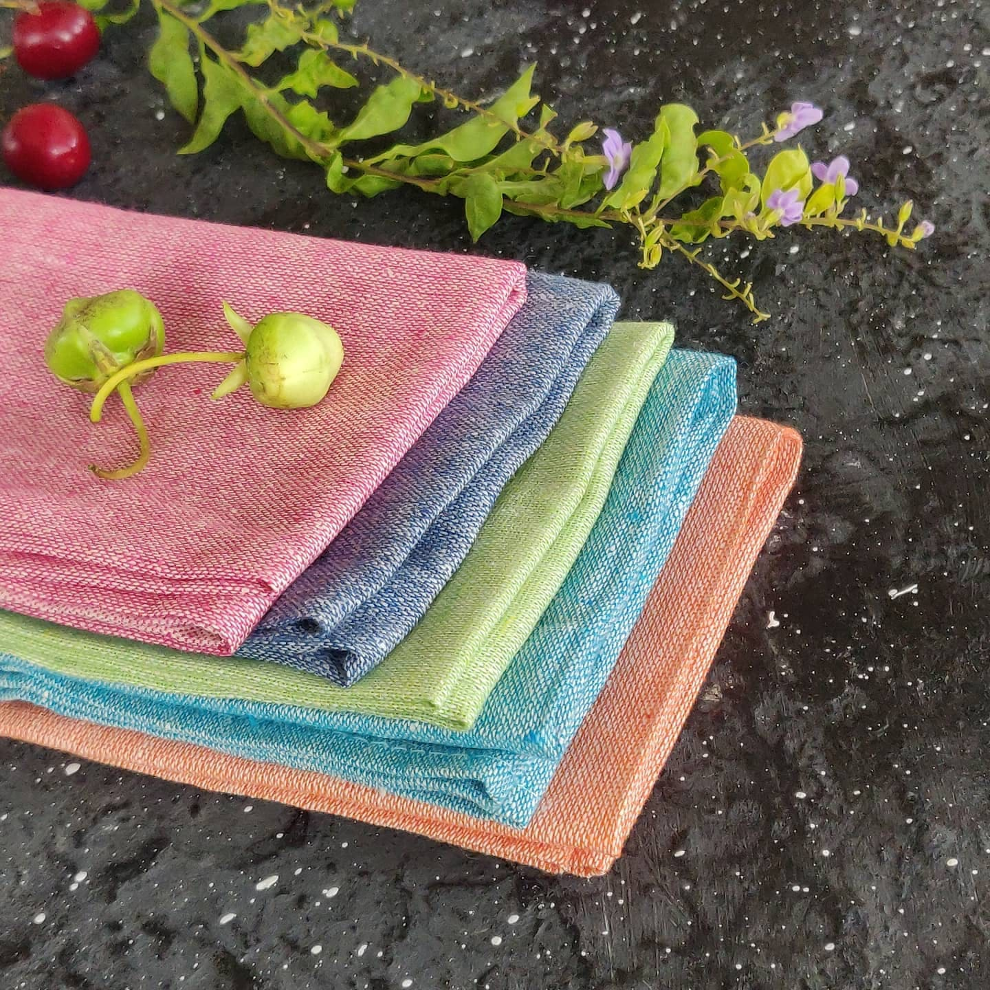 Pink,Textile,Wood,Cutting board,Rectangle,Table,Plant,Linens,Linen,Placemat
