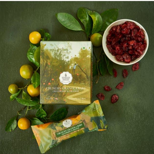 Food,Superfood,Plant,Vegetarian food,Berry,Olive,Fruit,Ingredient,Cranberry,Produce