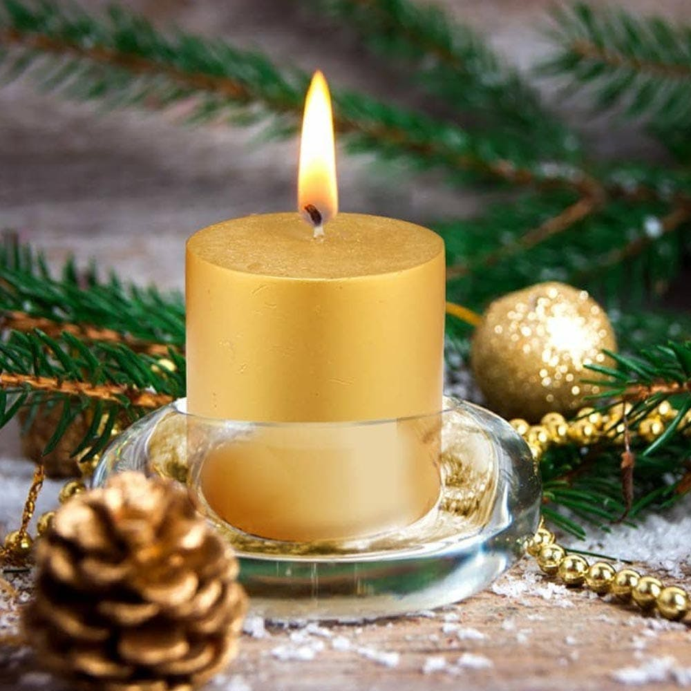 Candle,Lighting,Christmas decoration,Fir,Pine,Tree,Branch,Christmas eve,Conifer,Pine family