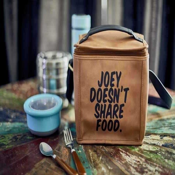 Font,Material property,Drinkware,Tableware