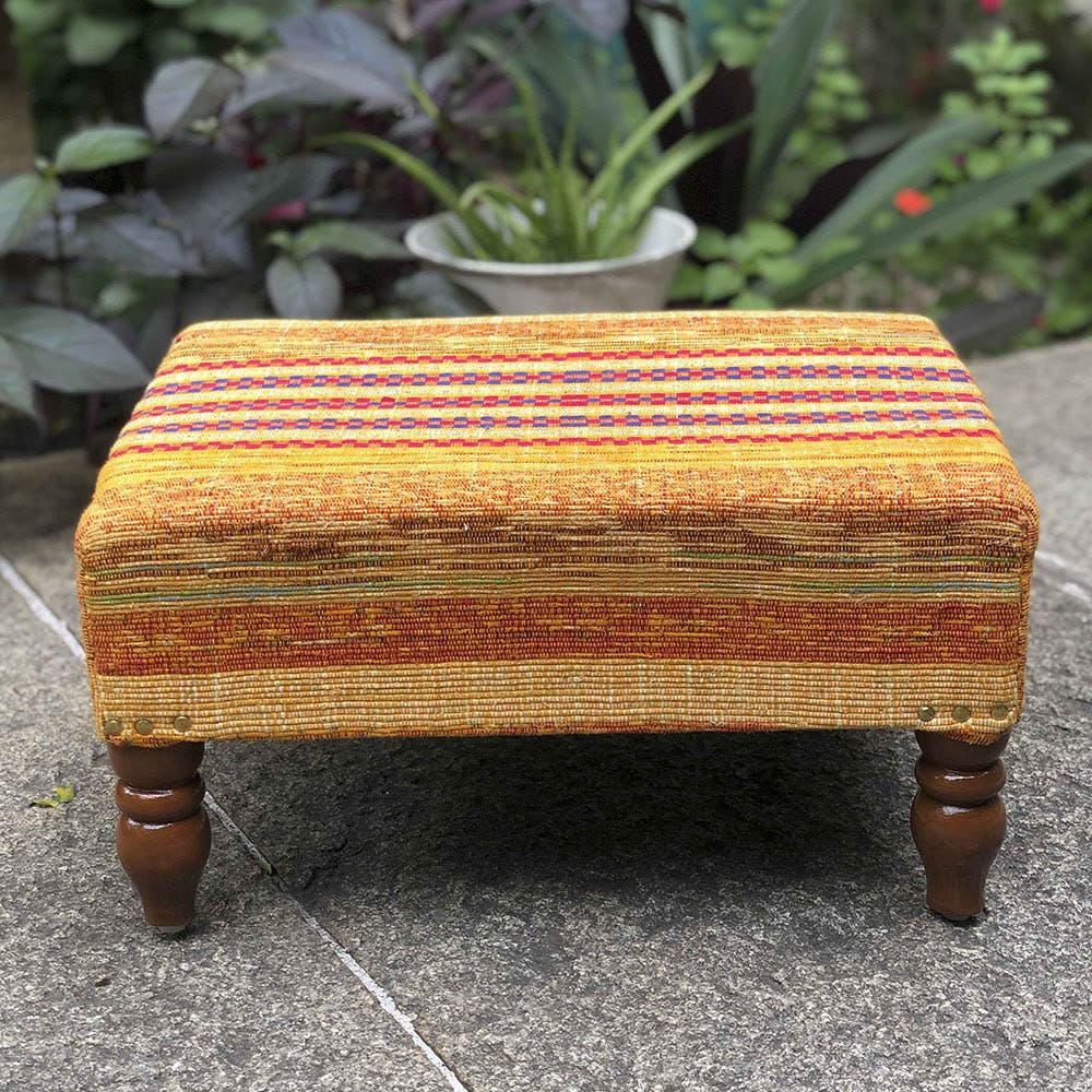 Furniture,Stool,Table,Outdoor furniture,Ottoman,Rectangle,Wood,Coffee table,Plant,Bench