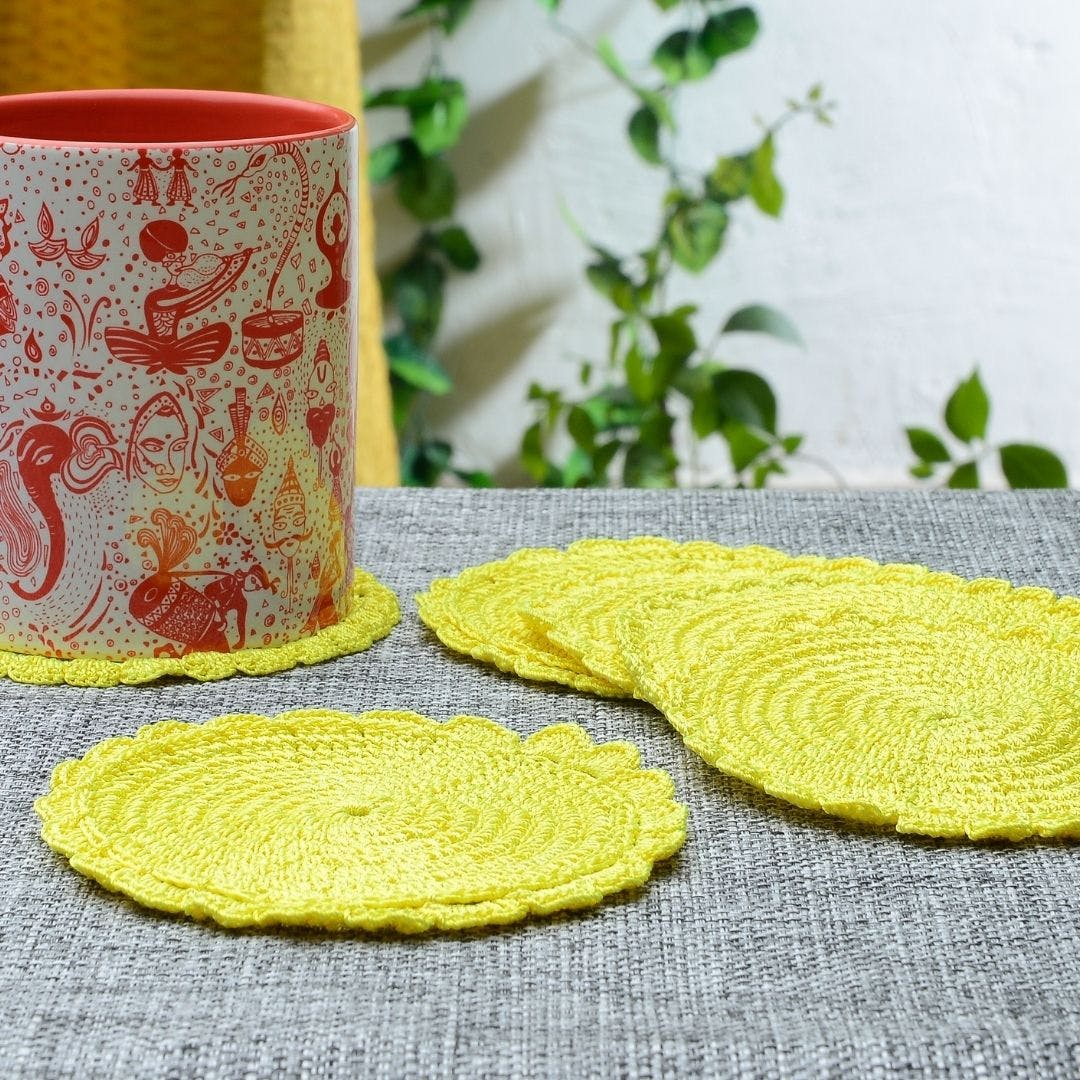 Yellow,Placemat,Leaf,Linens,Textile,Tablecloth,Tableware,Circle,Embroidery