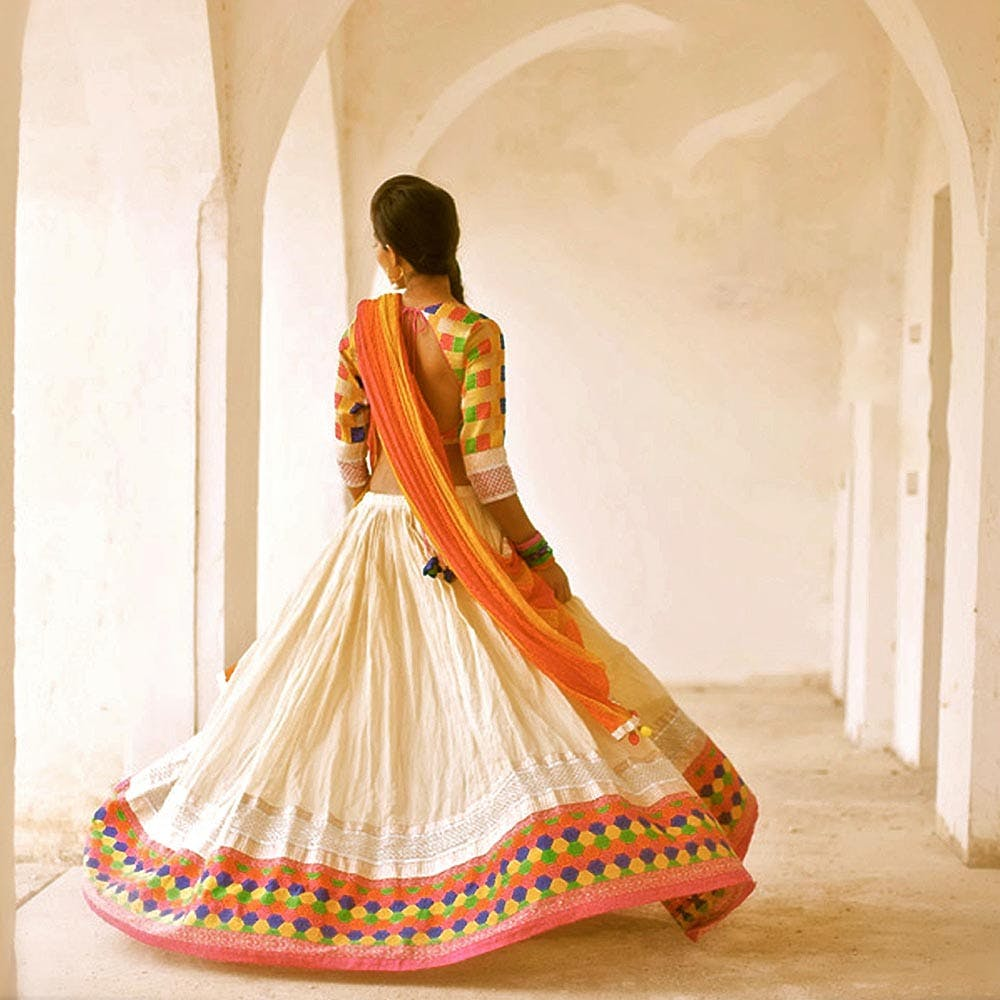 Orange,Clothing,White,Sari,Formal wear,Yellow,Peach,Pink,Dress,Beige