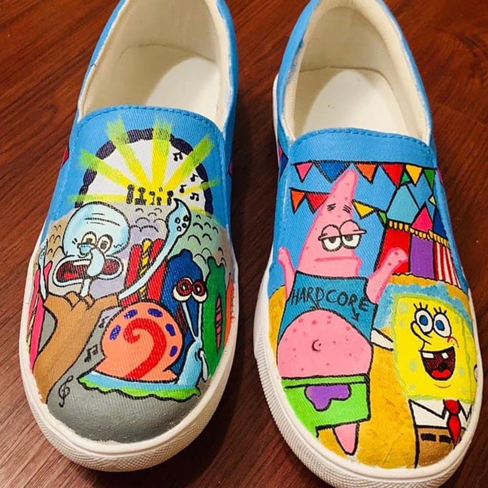 Footwear,Shoe,Plimsoll shoe,Yellow,Sneakers,Athletic shoe,Fictional character
