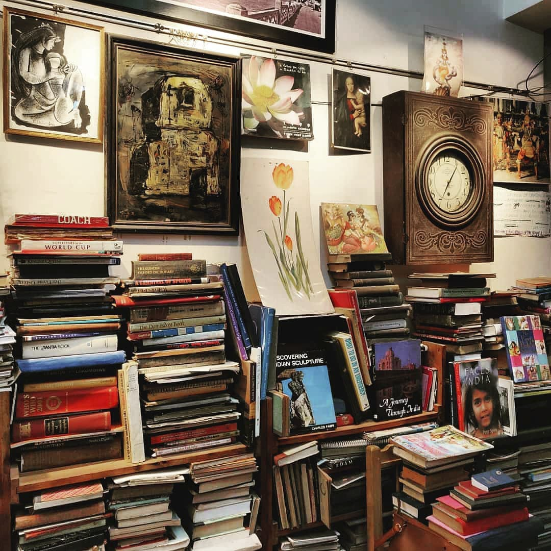 Bookselling,Book,Building,Bookcase,Collection,Publication,Interior design,Retail,Furniture,Room