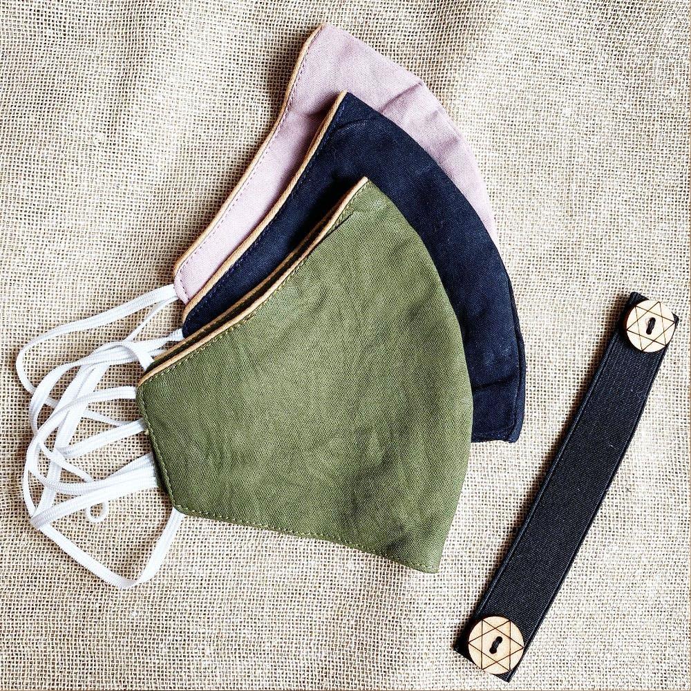 Shoulder,Denim,Fashion accessory,Beige,Textile,Collar,Pocket,Leather,Linen,Bag
