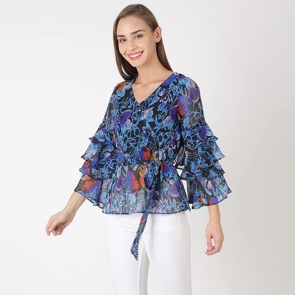 Blue,Sleeve,Shoulder,Textile,Standing,Joint,Purple,Pattern,Day dress,Electric blue