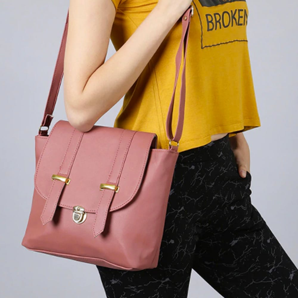 Brown,Yellow,Sleeve,Shoulder,Bag,Joint,Red,Style,Fashion accessory,Luggage and bags
