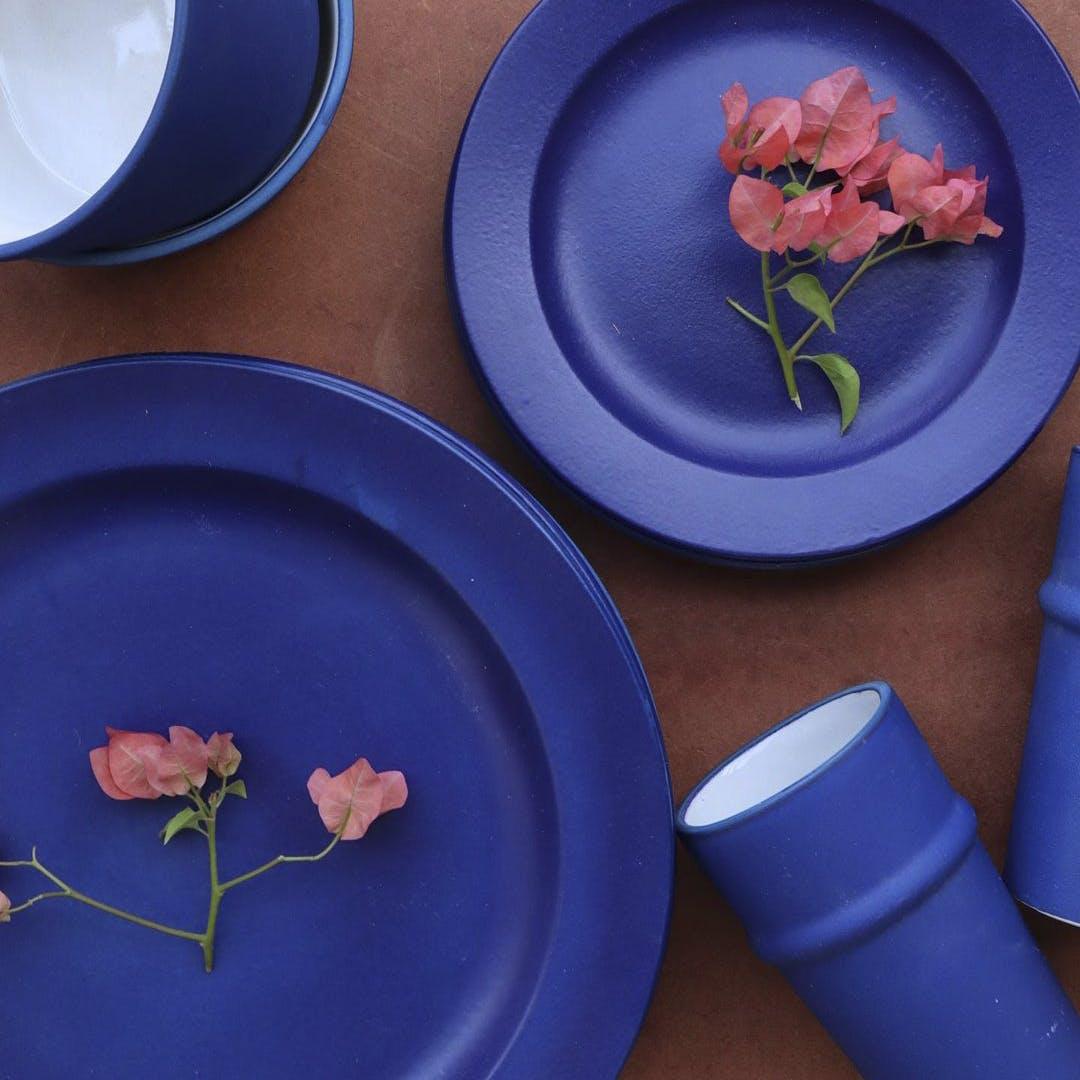 Blue,Dishware,Serveware,Porcelain,Flower,Petal,Ceramic,earthenware,Paint,Pottery