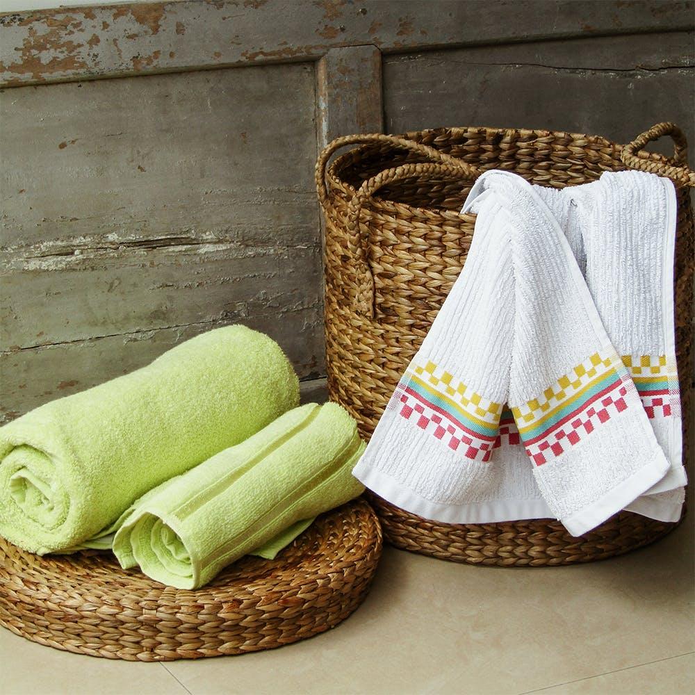 Textile,Basket,Home accessories,Household supply,Linens,Storage basket,Wicker,Picnic basket,Thread,Cushion