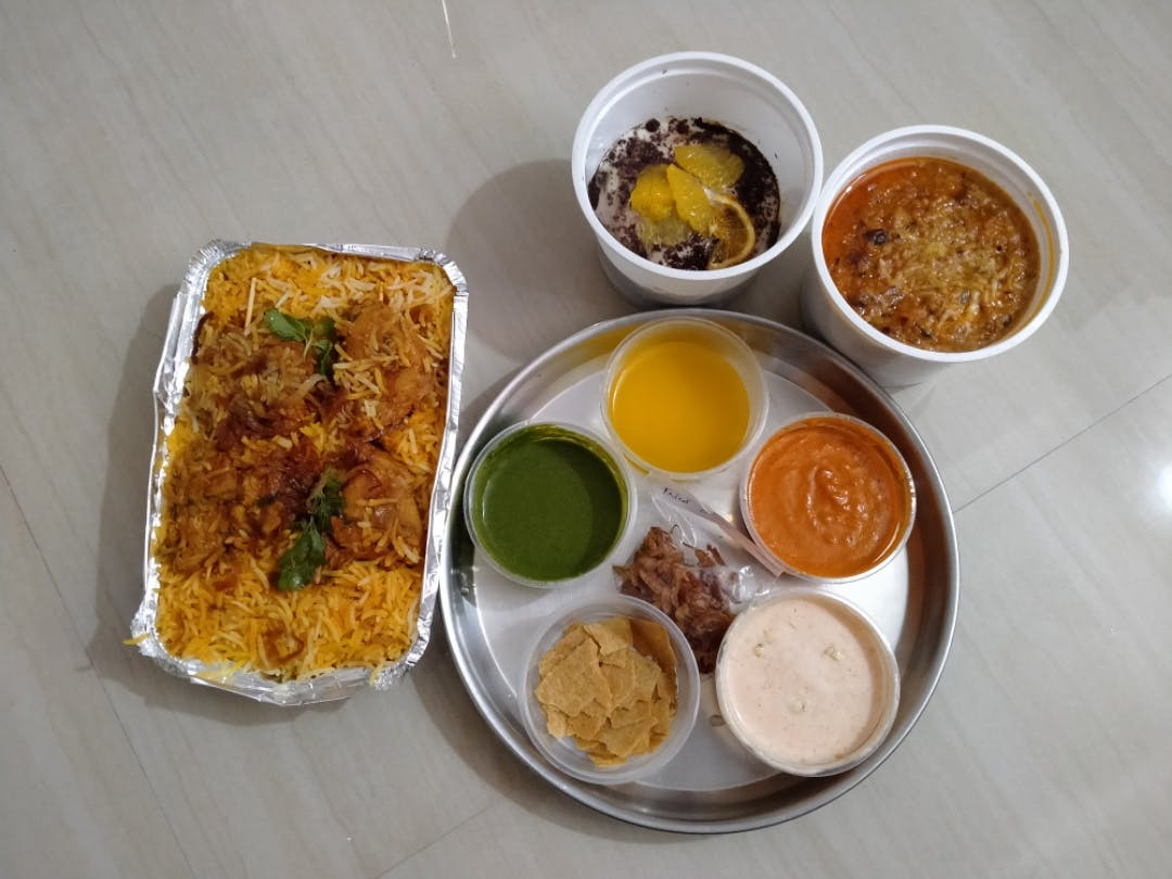 Dish,Food,Cuisine,Meal,Ingredient,Lunch,Vegetarian food,Indian cuisine,Produce,Masala