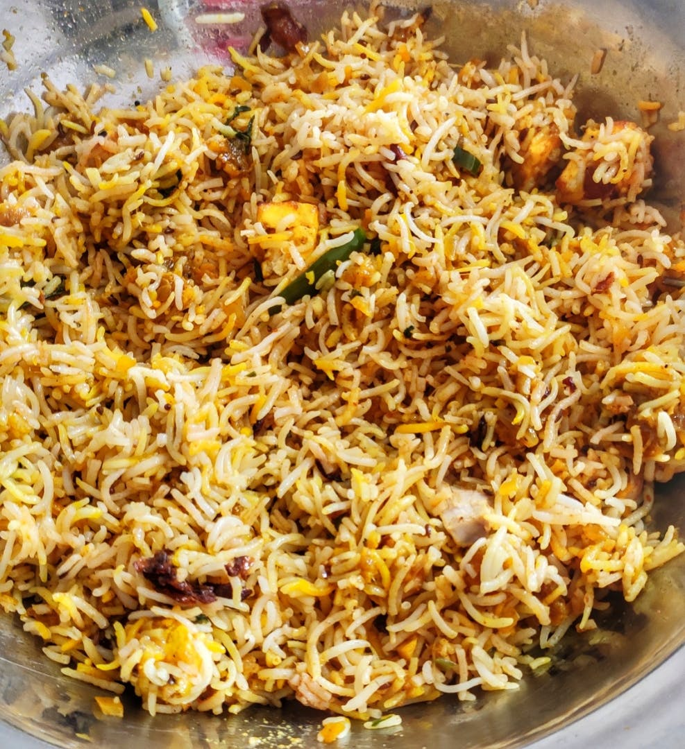 Dish,Food,Cuisine,Hyderabadi biriyani,Ingredient,Biryani,Kabsa,Rice,Recipe,Produce
