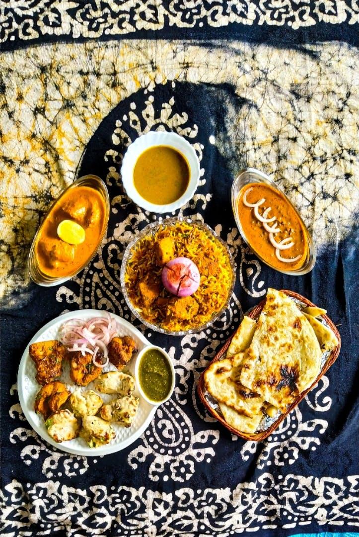 Dish,Food,Cuisine,Ingredient,Meal,Breakfast,Produce,American food,Vegetarian food,Brunch
