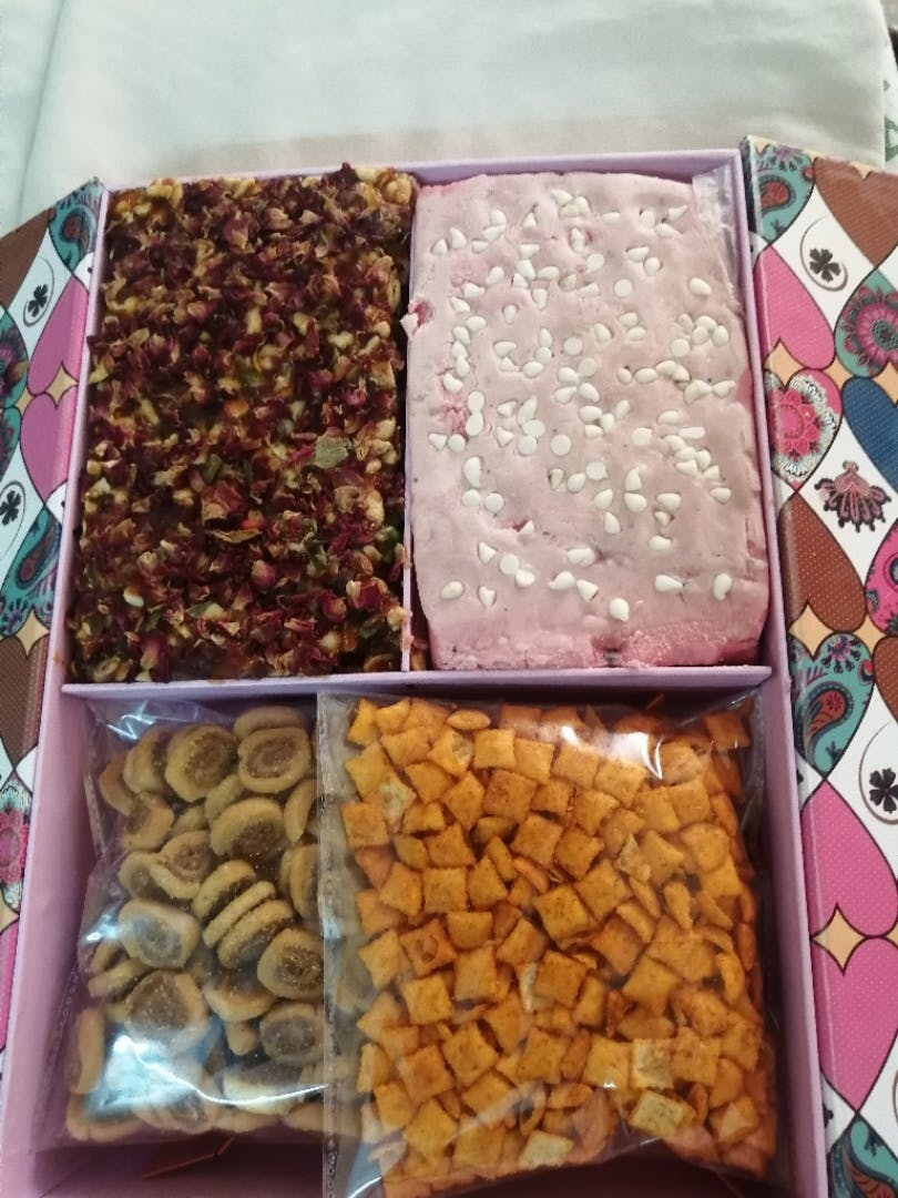 Food,Cuisine,Dish,Gozinaki,Snack,Ingredient,Trail mix,Sweetness,Chikki,Vegan nutrition