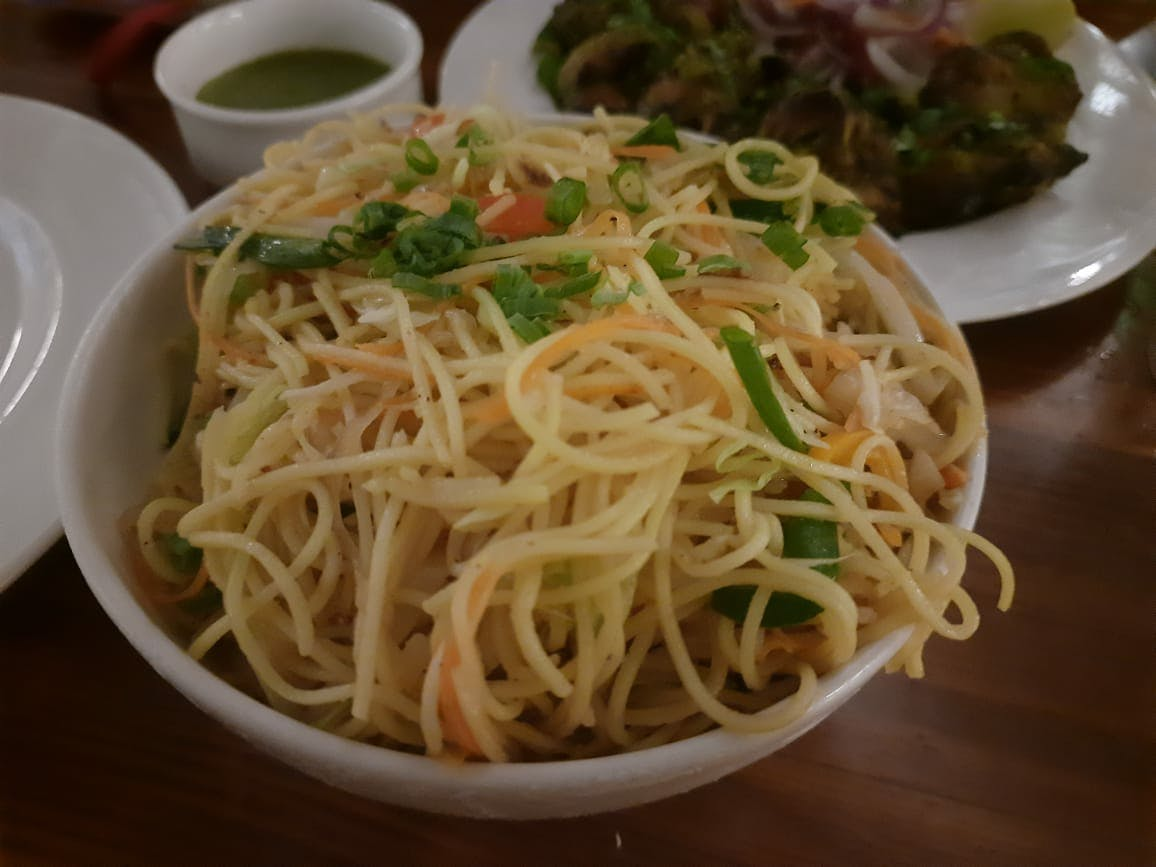 Dish,Food,Cuisine,Spaghetti,Noodle,Ingredient,Chow mein,Capellini,Rice noodles,Chinese noodles